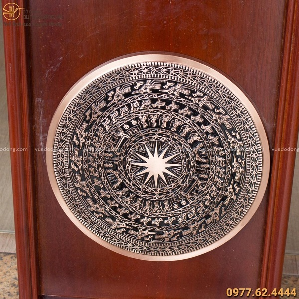 Mặt trống đồng khung gỗ 38x58cm tinh xảo (mặt trống 30cm)