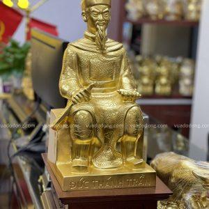 Tượng Đức Thánh Trần bằng đồng thếp vàng 9999 cao 45cm