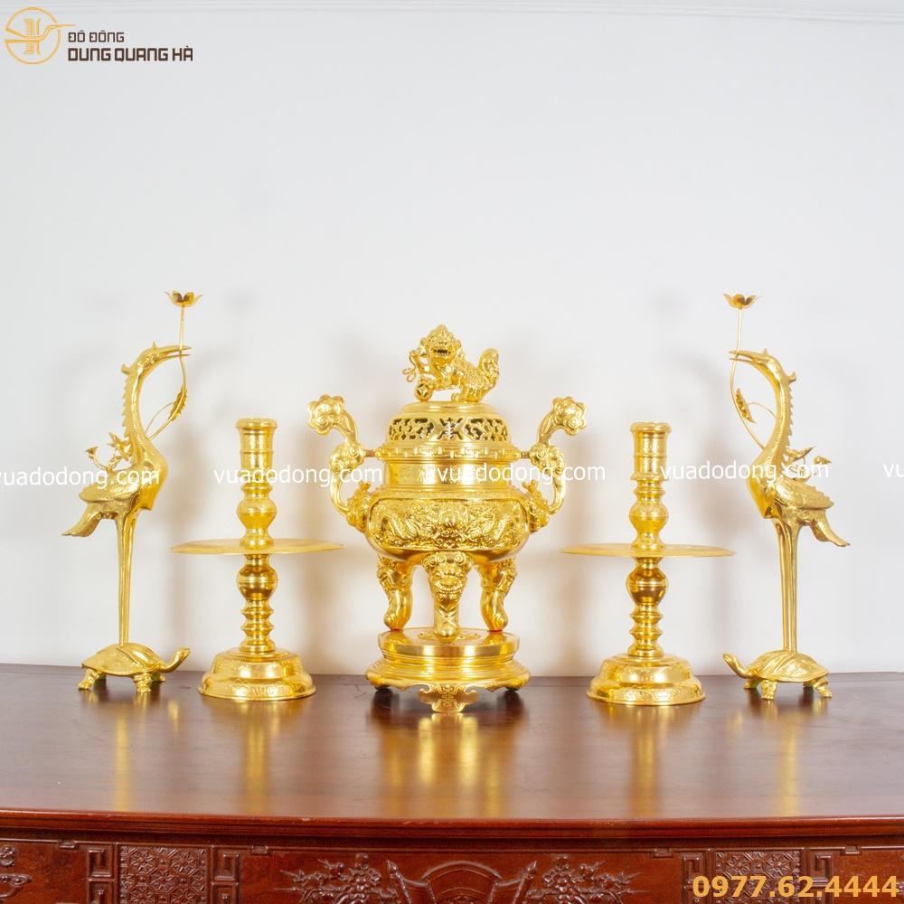 cách bày bộ ngũ sự trên bàn thờ