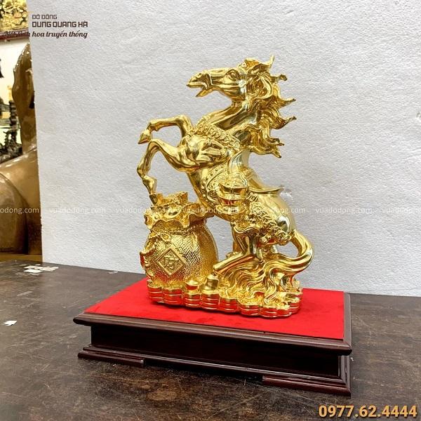 Tượng ngựa phong thủy tài lộc độc đáo bằng đồng mạ vàng 24k