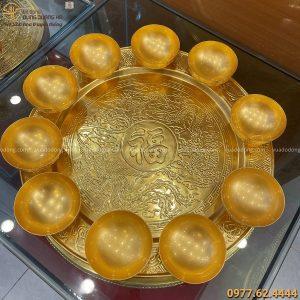 Bộ mâm bát bằng đồng hoa văn long phụng thếp vàng tinh xảo