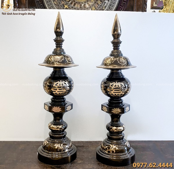 Đèn thờ bằng đồng đỏ cạo màu độc đáo hoa văn cổ kính cao 98cm