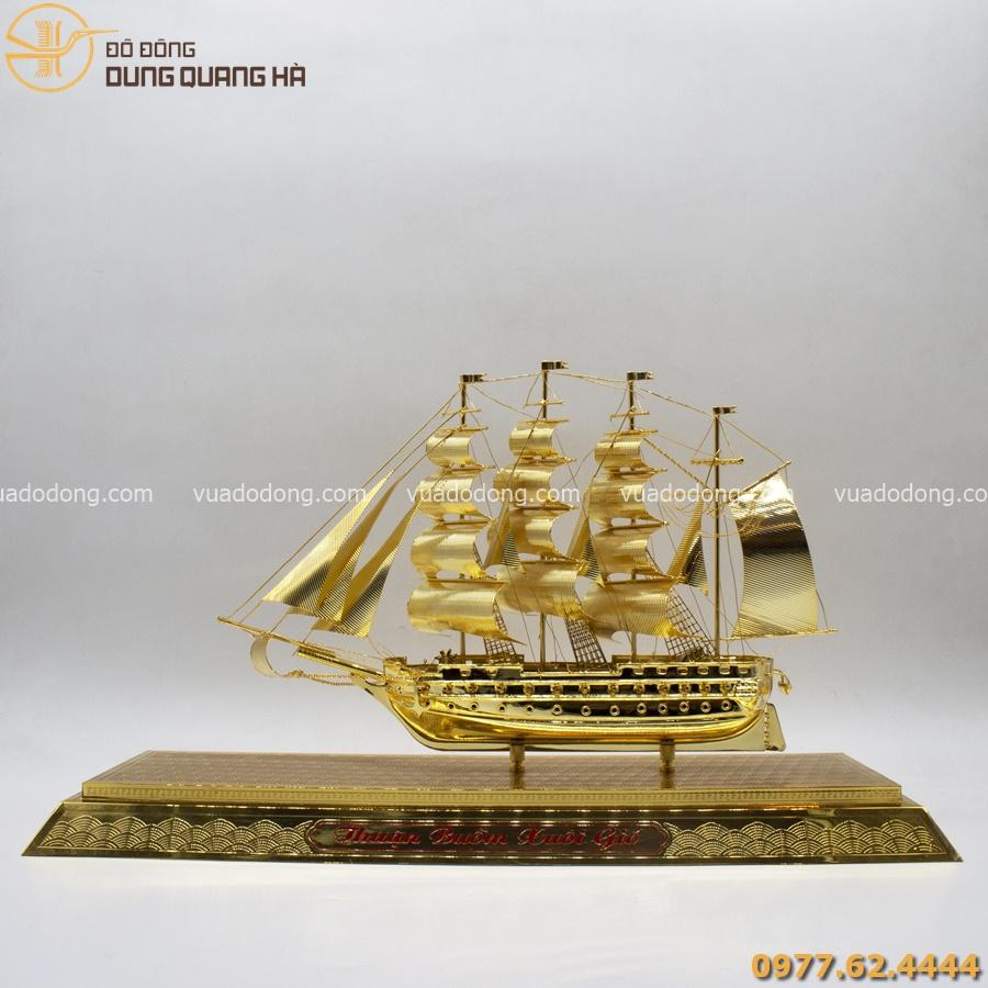 quà tặng thuyền buồm mạ vàng