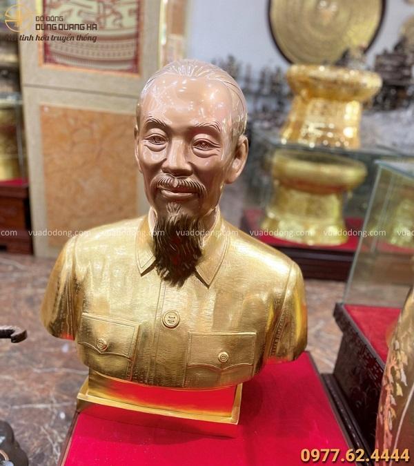Tượng chân dung Bác Hồ bằng đồng cao 70cm thếp vàng 9999