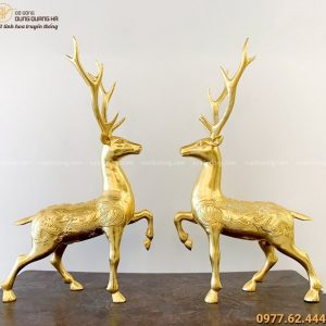 Đôi tượng Hươu bằng đồng dát vàng giàu ý nghĩa phong thủy
