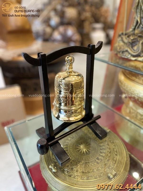 Quả chuông đồng đẹp bằng đồng vàng đường kính 9,5cm cao 17cm
