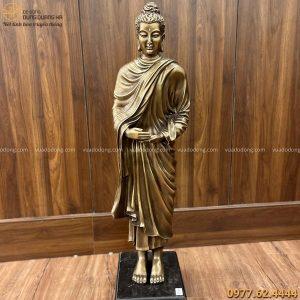 Tượng Phật khất thực bằng đồng vàng hun giả cổ cao 93cm