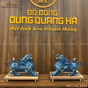 Tỳ Hưu phong thủy bằng đồng vàng tráng men đá xanh 25x36 cm