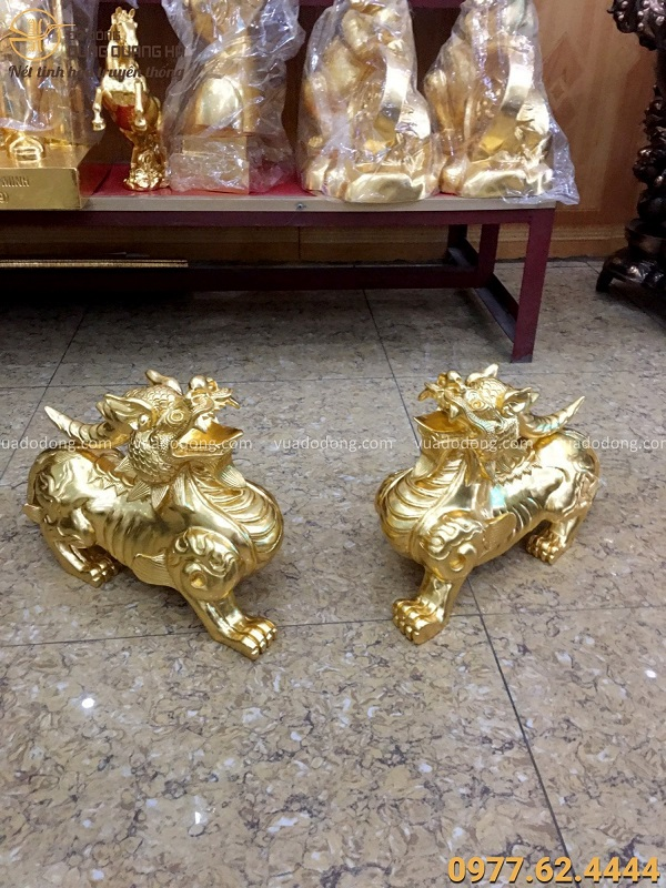 Tỳ Hưu phong thủy bằng đồng đỏ thếp vàng 9999 dài 38cm